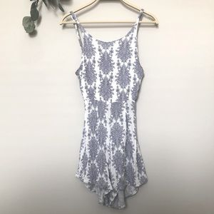 🔥3 FOR $20🔥 White and Blue Greek Style Romper